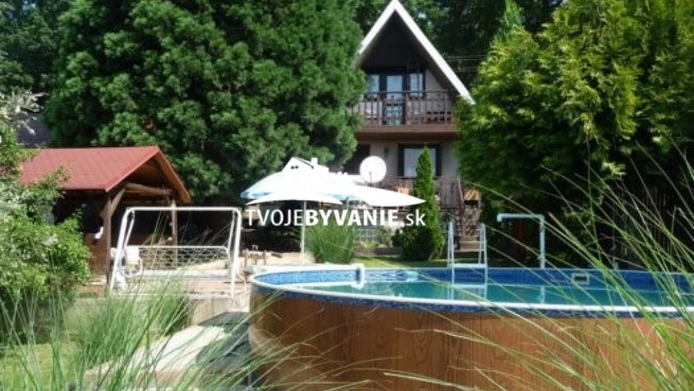 Na predaj Chata so záhradou a bazénom, Šaca - Viničky