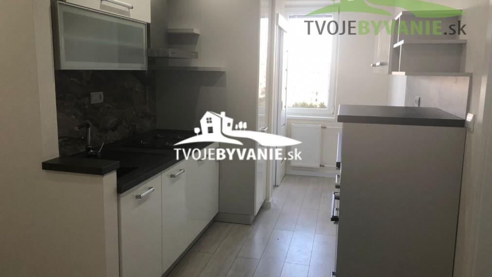 Na predaj novo zrekonštruovaný 3-izbový byt na Terase ul. Trieda SNP