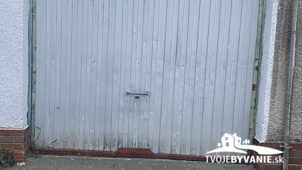 Na prenájom garáž na Kuzmányho sídlisku ul. Belanská